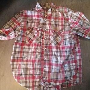 Snap button long sleeve shirt